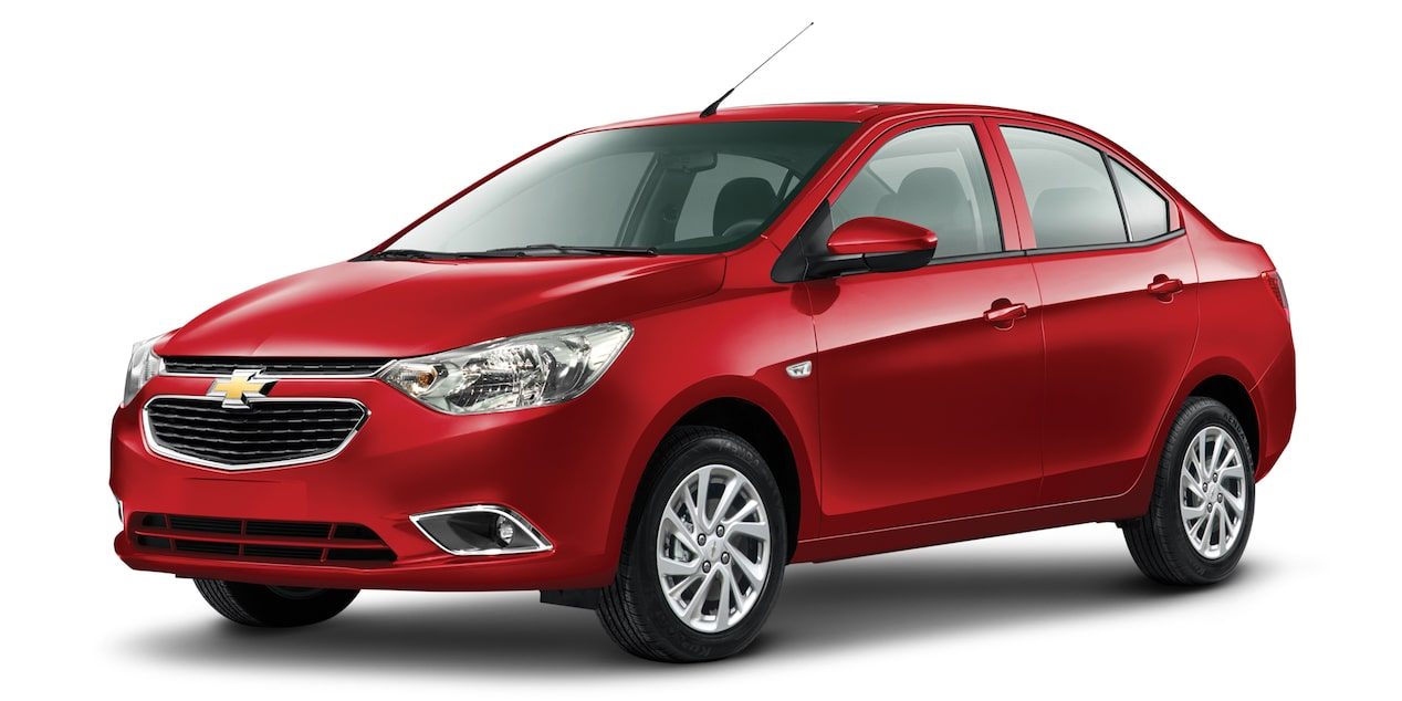 Chevrolet Aveo sedan 2018 color rojo cereza