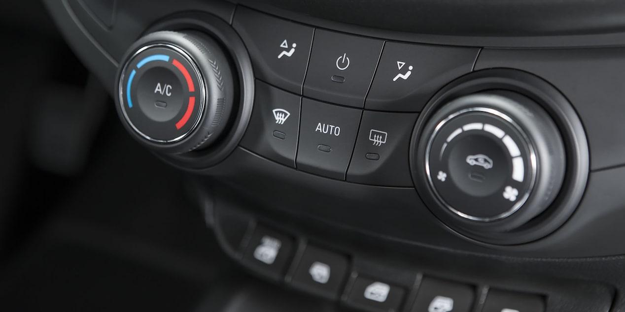 Chevrolet Aveo 2019 sedán incluye aire acondicionado con control de temperatura automático