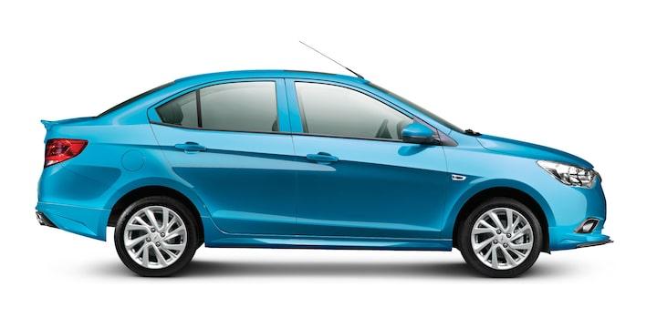 Con Chevrolet Aveo con potencia de 107 HP, torque de 104 lb-pie y rendimiento de combustible.