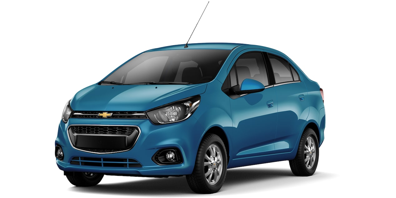 Chevrolet Beat Notchback 2019  color azul caribe