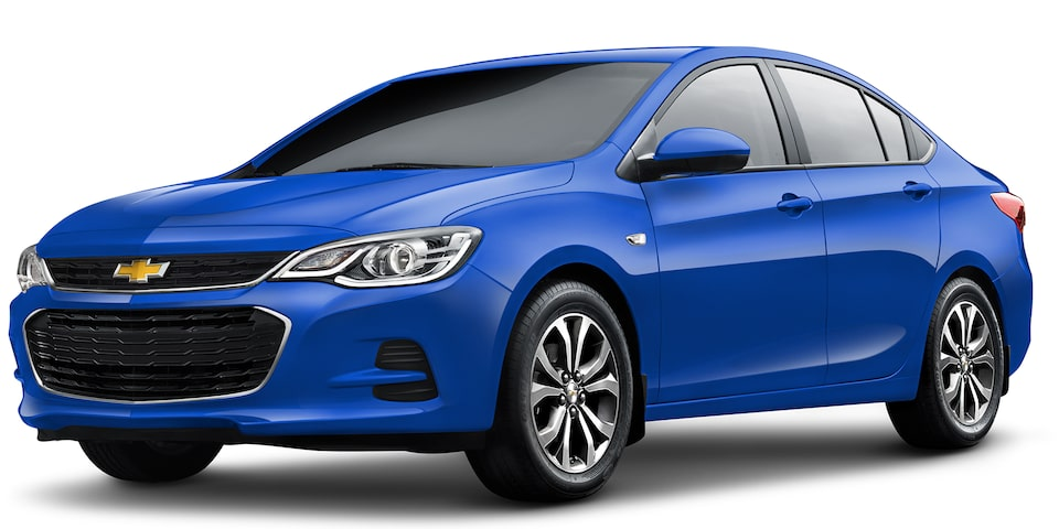 Chevrolet Cavalier 2019, auto familiar, color azul eléctrico