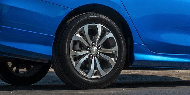 Chevrolet Cavalier 2019, auto familiar, incluye cristales delanteros, traseros eléctricos y rines de aluminio de 16 pulgadas