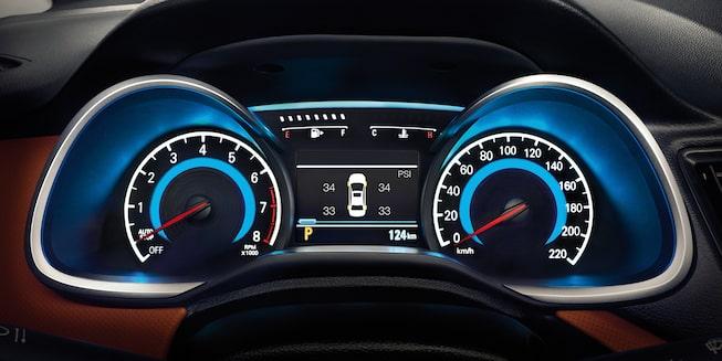 Chevrolet Cavalier 2019, auto familiar, incluye clúster con pantalla de 3.5 pulgadas