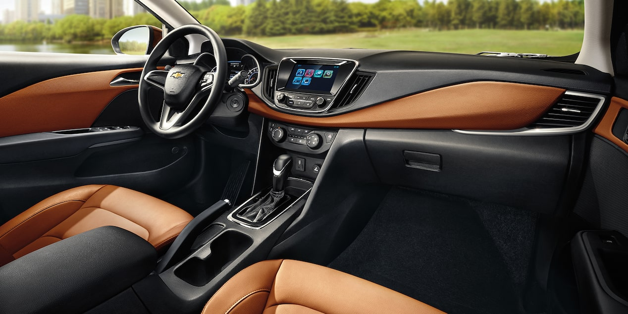 Chevrolet Cavalier 2019 auto familiar lleva un volante con controles de audio y control para apertura remota