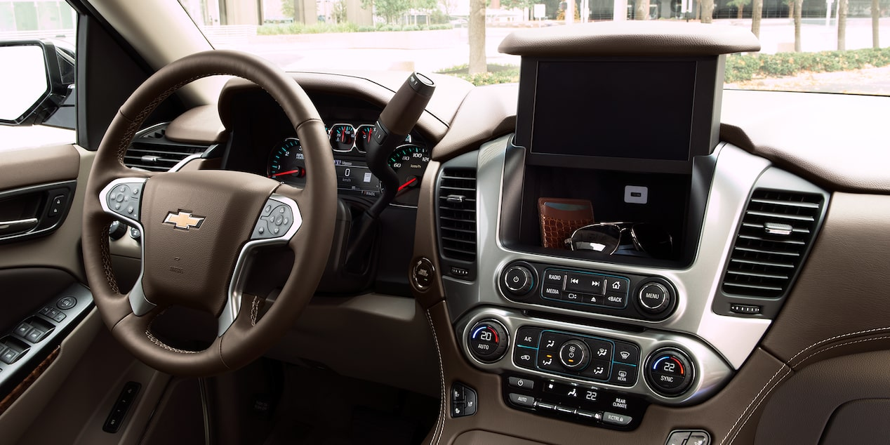 Chevrolet Suburban camioneta de lujo 2018 fue diseñada con todas las comodidades para que te sientas como en casa mientras estás de viaje