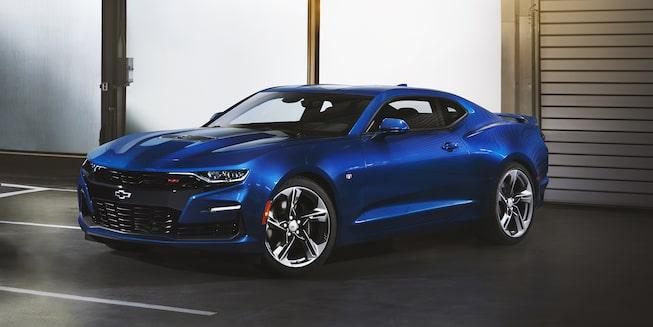 Chevrolet Bolt EV 2019 coche eléctrico que incluye una tercera luz de freno con LED y luces de marcha diurna