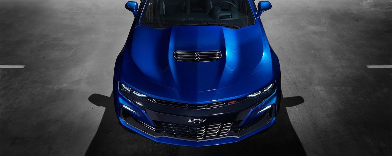 La línea de Chevrolet Camaro coupé 2019, deportivo, ha evolucionado para verse estilizada. Incluye tecnología, performance y un manejo superior