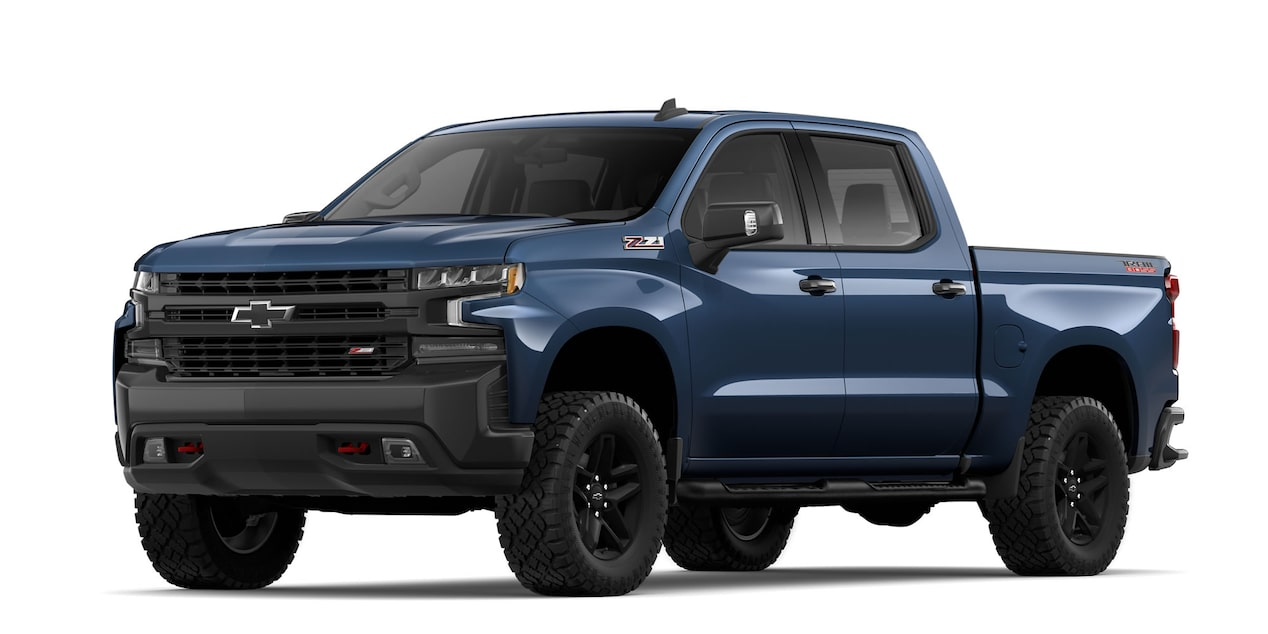 Chevrolet Cheyenne 2019, pick up, en color azul metálico