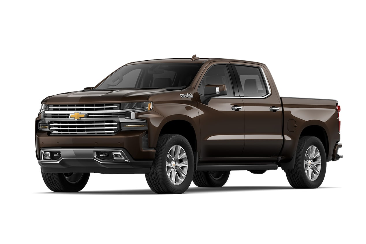 Chevrolet Cheyenne 2019, pick up versión High Country en color moca metálico