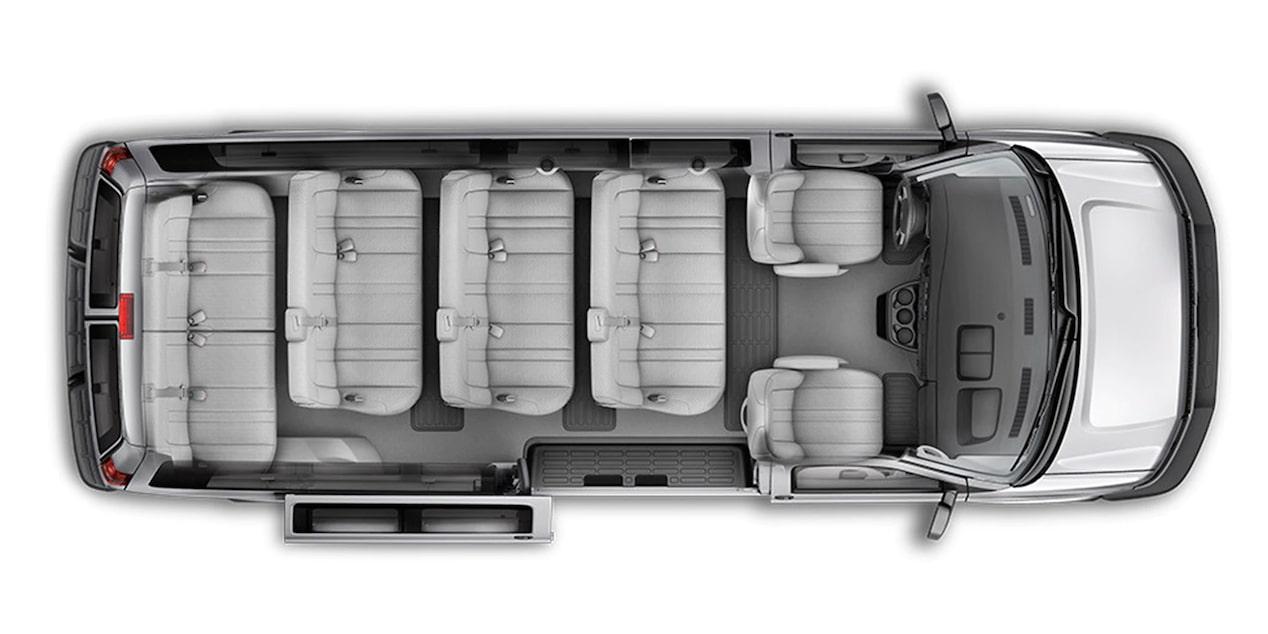 Chevrolet Express, camioneta van, con capacidad interior para 15 pasajeros